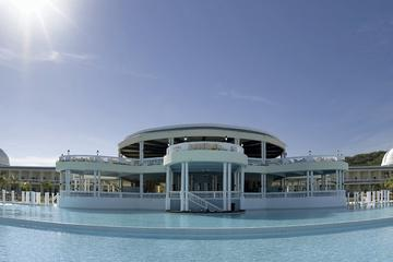 Jamaica Shore Excursion: Grand Palladium All Inclusive Resort Day Pass