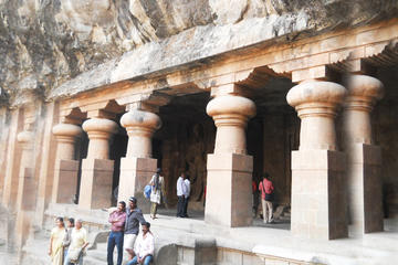 Elephanta Caves Private Tour with Train Ride and Gateway of India From Mumbai
