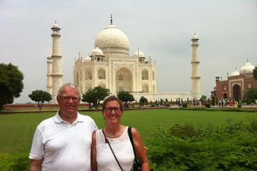 Private 2 Days Sunrise Tajmahal Agra tour with Hotel Meal and flight