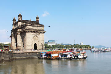 Private Heritage Mumbai Colaba Area Walking Tour with Transfer