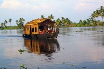 Private Overnight Kerala Houseboat Cruise By Air From Delhi to Kochi