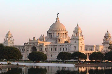 Private Tour: Full-Day Kolkata City Tour of Victoria Memorial, Howrah...