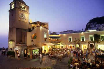 Visite de l'île de Capri, de la villa San Michele et d'Anacapri et...