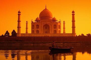 Agra Taj Mahal, Agra Fort, and Baby Taj Private Sunrise to Sunset City Tour