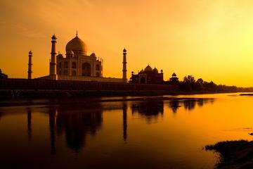 Full Day Taj Mahal & Agra Tour from Delhi by Superfast Train