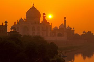 Full Day Taj Mahal & Agra Tour from Jaipur by Car