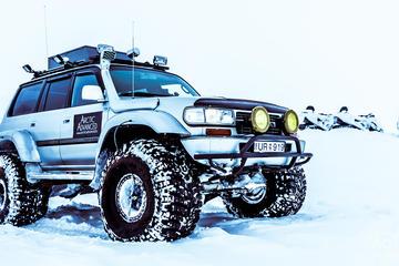 Private Golden Circle Super Jeep...