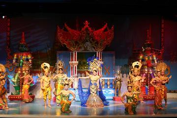 バンコクのマンボー キャバレー ショーのチケッ…