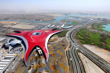 Recorrido por la ciudad de Abu Dhabi...