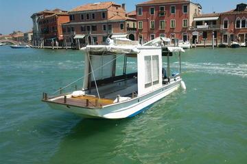 Excursão privada de barco a motor veneziano típico até Murano, Burano...