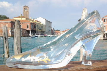 Murano by Private Watertaxi Including Glass Blowing Demo with Hotel...