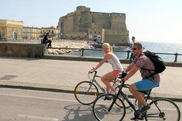 Excursão guiada de bicicleta em Nápoles