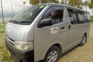 Private Transfer: Nadi Airport to Suva - 5 to 8 Seat Vehicle