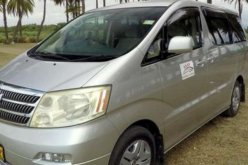 Private Transfer: Pacific Habour to Nadi Airport - 9 to 12 Seat...