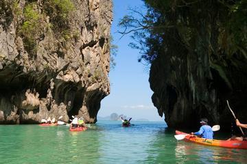 Aventura en kayak para grupos pequeños en la isla Hong desde Krabi
