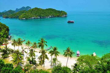 Snorkel and Kayak Tour to Angthong Marine Park by Speed Boat from Koh...