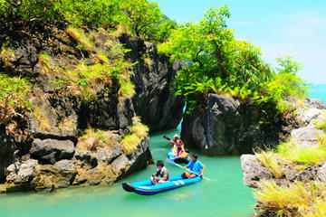 Excursion d'une journée en kayak dans la baie de Phang Nga au départ...