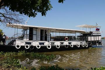 Mekong River Silk Culture Cruise Including Breakfast and Lunch