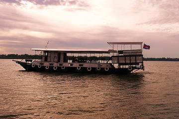 Sonnenuntergangs-Bootstour Mekong Tonle Sap Cocktails und Abendessen