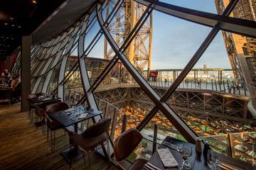Cena gourmet en la Torre Eiffel