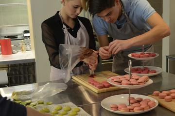 Clase de cocina en París: aprenda a hacer macarons