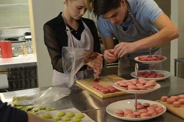 Cours de cuisine à Paris: apprenez à confectionner des macarons