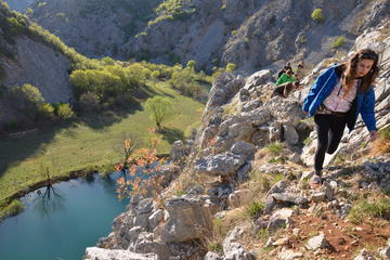 Randonnée dans le canyon du fleuve Krupa