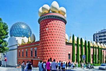 Circuit sur les terres de Dalí, de Figueras et à Púbol