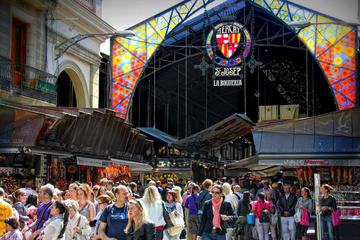 Private Tour: Markets and Tapas from Barcelona