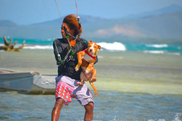 Kitesurfing Lessons in Buen Hombre: 10 or 12 Hour Options