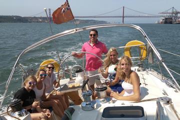 Excursão de barco em Lisboa