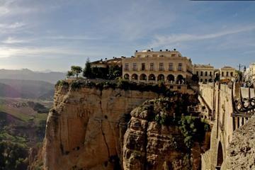 Private Seville Transfer to Granada