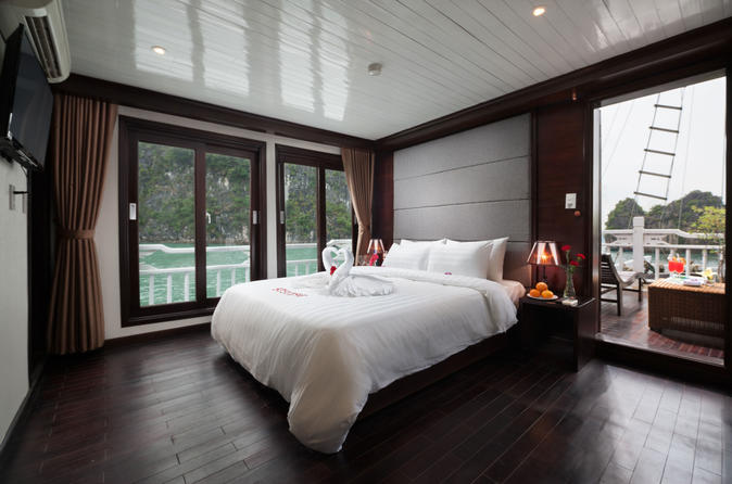 Romantic Honey Suite Cabin With Aclass Stellar Cruise