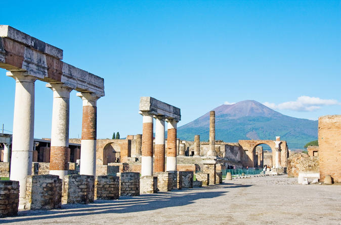 Skip-the-Line Best of Pompeii in one Day Tour w Local Guide & new opened houses
