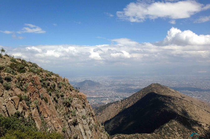 Half day guided hiking tour Cerro Manquehue - Iconic mountain of Santiago, Chile