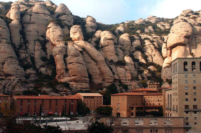 best of gaudi tour montserrat barcelona artistic and architecture