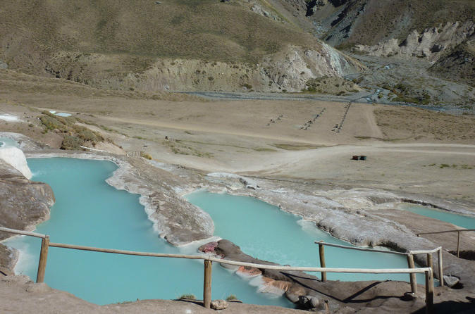 Private Full-Day Cajon del Maipo: Valle de Colina Hot Springs & El Yeso Lagoon
