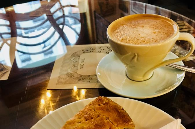 Café Walking Tour - three waves of coffee culture in Budapest