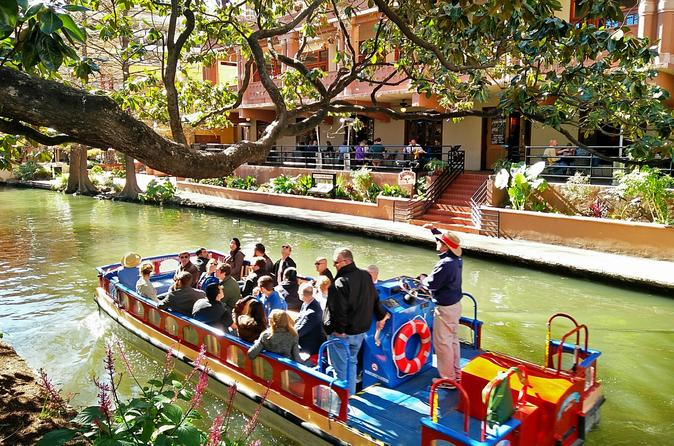 San Antonio River Walk Cruise, Hop-On Hop-Off Tour and Tower of the Americas Package