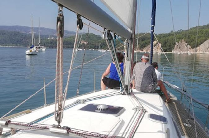 Sailing experience in Setúbal city