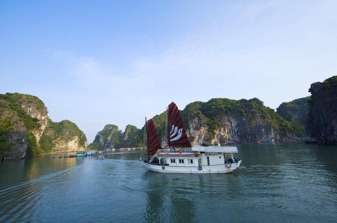 Private 2-Day or 3-Day Halong Bay Cruise Including Shuttle Service from Hanoi