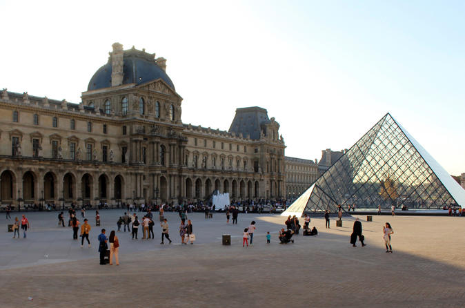 Architectural Tour of the Louvre Palace through its Façades