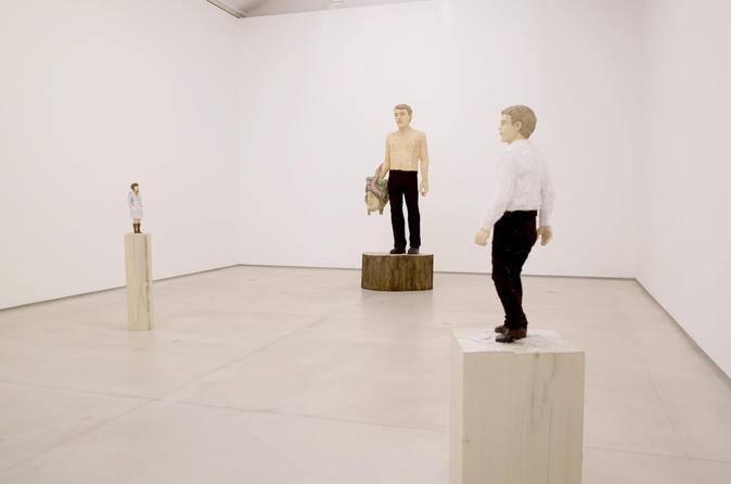 Marais gallery walk