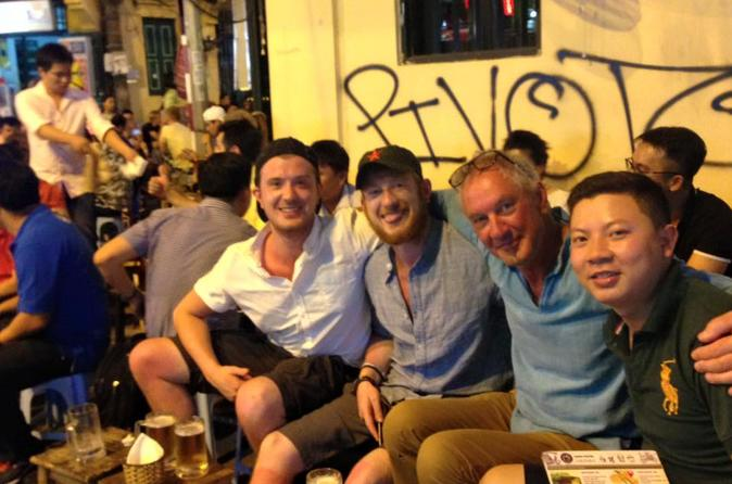 Food On Food Tour ( Special Local Hanoi Food)