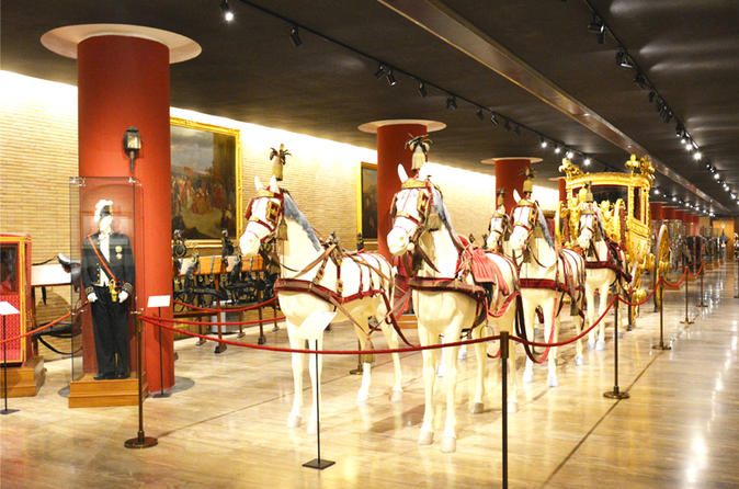 Skip the Line Vatican Pinacoteca Carriage Pavillon & Sistine Chapel Guided Tour