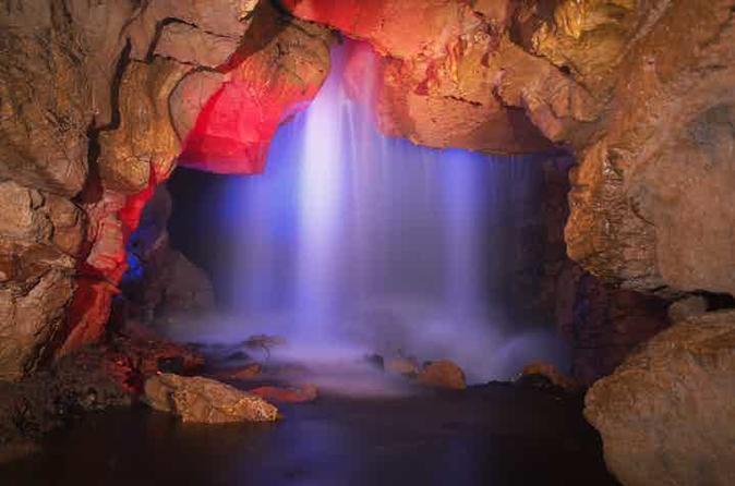Venado Caverns Tour  from San José