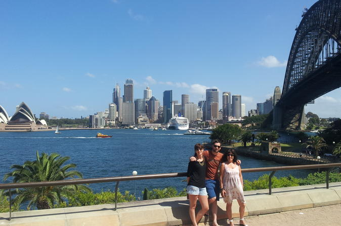 Private Sydney Sightseeing Day Tour Including Kings Cross, Vaucluse and Bondi Beach