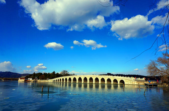 Beijing Private Day Tour: Summer Palace and Mutianyu Great Wall