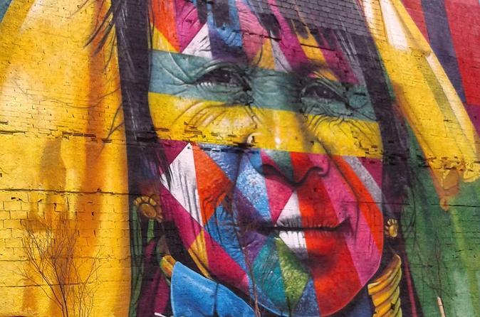 Excursão a pé pela arte urbana do Rio