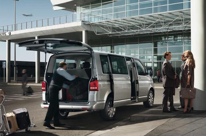 Private Istanbul Ataturk Airport Arrival Transfer